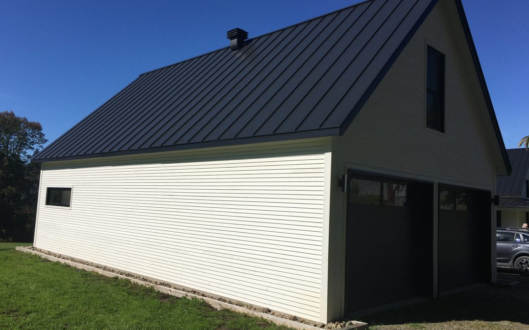 8 REASONS TO CHOOSE A STEEL ROOF